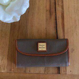 Dooney & Bourke Trifold Wallet Leather Gray